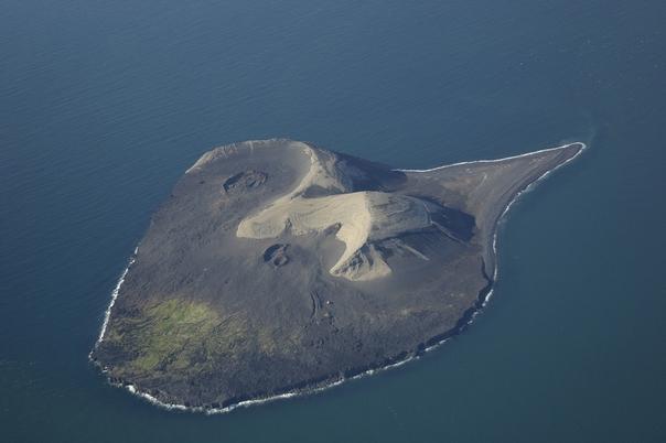 Surtsey_Island-x604-y447
